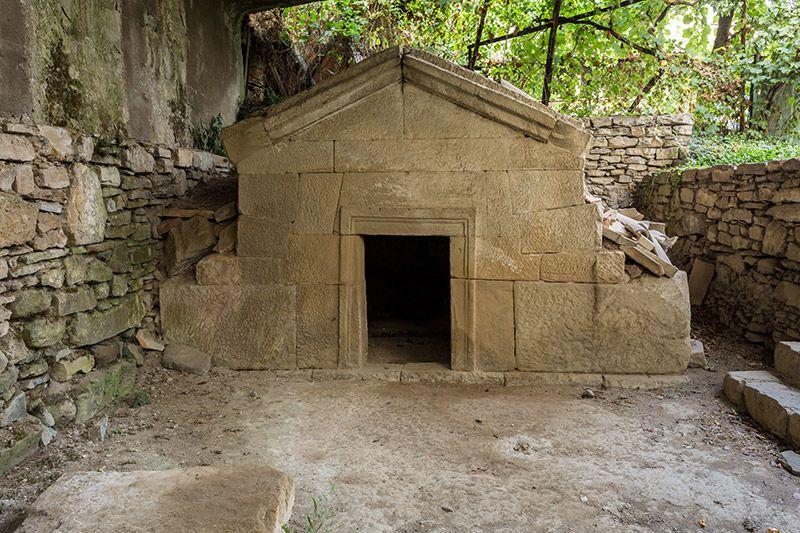 Mtskheta Tomb